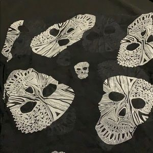 Silky Scarf with Skulls